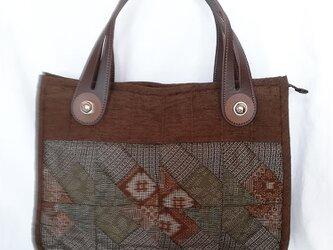 ☆サマーセール☆ 大島紬のパッチワークの手提げバッグ(持ち手 茶)の画像