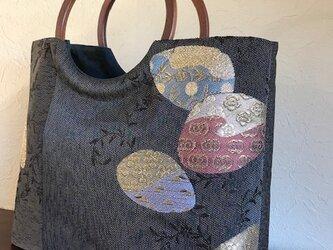 貝模様袋帯の手提げ 丸い木の手の画像