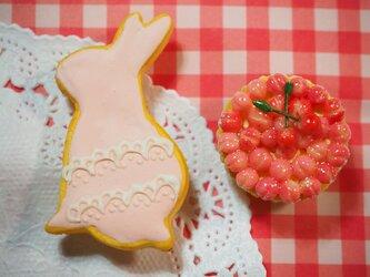うさぎクッキーのブローチセット①の画像