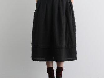 風合い年中愛用リネンスカート ロングスカート タック入りスカート ブラック 201206-1の画像