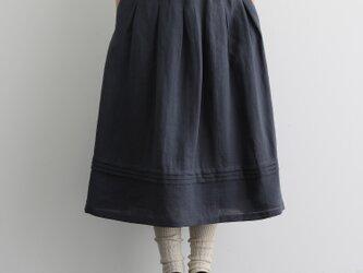 風合い年中愛用リネンスカート ロングスカート タック入りスカート 灰がかった渋みのある青色201206-2の画像