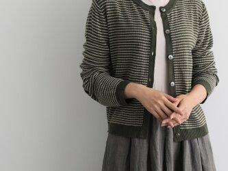定番のコットン素材のやわらかカーディガン 天然貝ボタン ショートカーデ 201208-2の画像