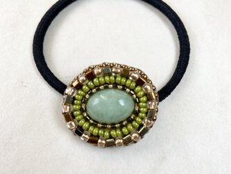 【再販】天然石とビーズ刺繍のヘアゴム  ビルマ翡翠(ジェイダイト)2の画像