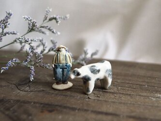 うしと牛飼いおじさんのフェーブ no.1の画像