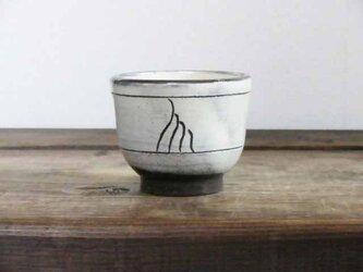 彫三島ぐい呑み(線描/透明)の画像