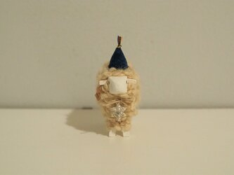 hitsuji object / M size White *雪結晶・青帽子*の画像