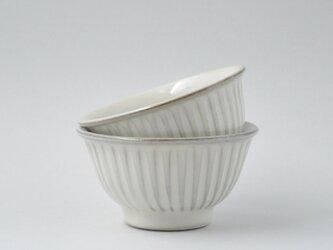 ミルキーホワイトしのぎのお茶碗 大の画像