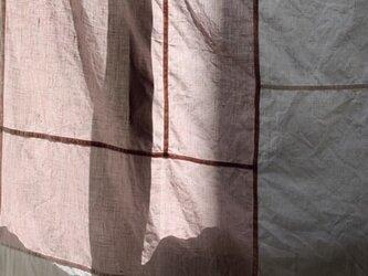 リネンのカーテンの画像