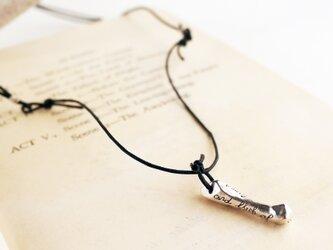シルバー製ボーンネックレスの画像
