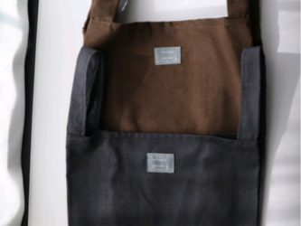 秋色コットンエコバッグ 中サイズ 栗色ブラウン くすみブラックの画像