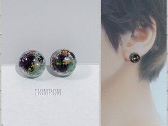 20p034 まん丸ドライフラワーピアス(紫&水色) ホムポムの画像