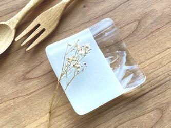 「層雲」 白色とマーブルのガラス豆皿 箸置き お皿 ガラスプレート ガラス皿 ガラス工芸 お皿 食器の画像