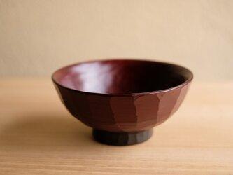再販:受注制作 栃・たたき彫り飯椀 (小)赤の画像