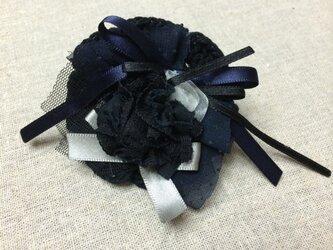 ヘアアクセ(黒お花サテンリボン)の画像