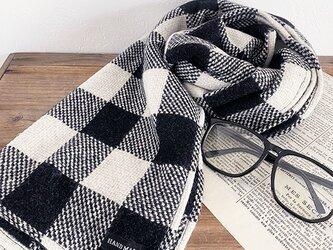 大きめ チェック 黒x白 モノトーン ウール 織り 中厚 良品質 秋 冬 春 ストール ショールの画像