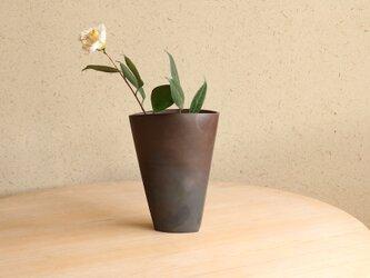【一点もの】グラデーションが美しい備前焼の花瓶(茶)の画像