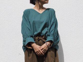 リバーシブル《青緑×茶色》/4wayバルーン袖のトップスの画像