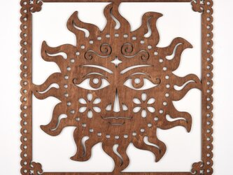 ビッグウッドフレーム「太陽の王子」(木の壁飾り)の画像