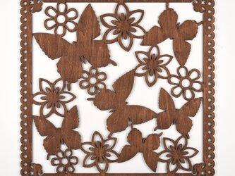 ビッグウッドフレーム「バタフライ&フラワー」(木の壁飾り)の画像