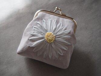 がま口 りぼん刺しゅう 水色フラワー 花 コインケース MOKUBA リボン刺繍 ハンドメイド 財布 COSMOの画像