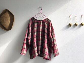 ふんわりウールのピンクトップス(102)の画像