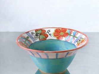 蝶と花絵とターコイズブルーのbowlの画像
