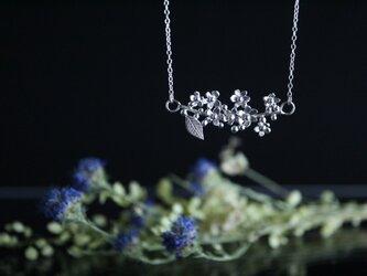 Silver necklace「The long awaited season」の画像
