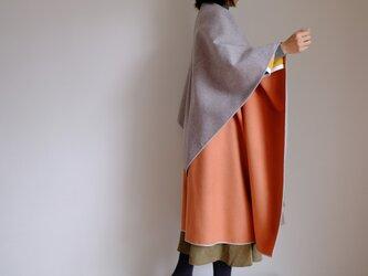 新作・ロング ケープ コート Re_1say /カシミヤ【 ダブルフェイス・オレンジ&ライトグレー 】の画像