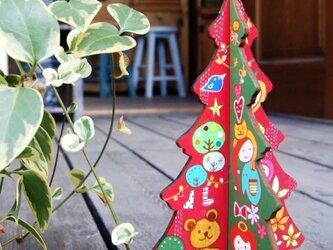 木のクリスマスツリーの画像