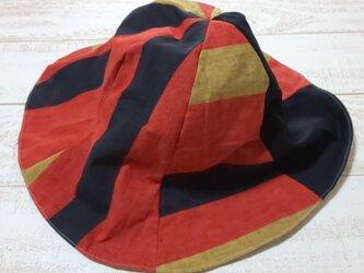 帯帽子の画像