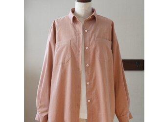 ビッグシルエットのシャツ 春色コーデュロイ ペールピンク(M)の画像