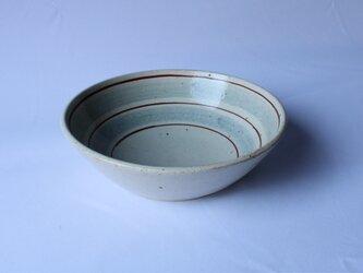 灰釉絵付け6寸鉢(淡呉須、赤絵)の画像