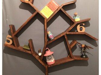 〓栄町工房〓 ウォールシェルフ ツリー形 台付 《ブラウン》/ 送料込みの画像