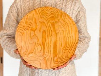 木のお皿、カッティングボード(大きな丸/耳つき①)の画像