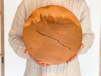 木のお皿、カッティングボード(大きな丸・登り龍)の画像