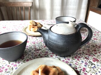 pot(黒白)の画像