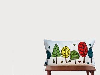 森のクッション Abstract colorful trees  -ヒノキの香り-の画像