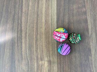 アフリカ布ブローチ3個セットの画像