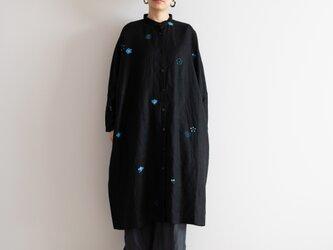 スタンドカラーシャツドレス 梅家紋の画像