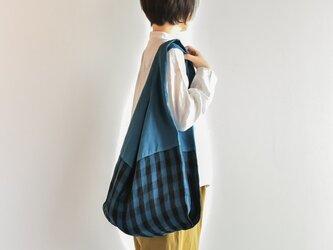 TE-012C [日本製品染め]リネン マルシェバッグ(チェックマリンブルー)teintの画像