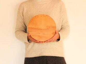 木のお皿(中くらいの丸耳つき)4の画像