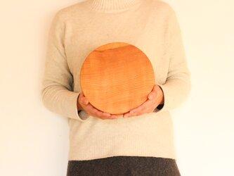 木のお皿(中くらいの丸)2の画像
