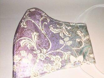 着物生地で作りました 三層立体構造布マスク 鳥 正絹 シルクの画像