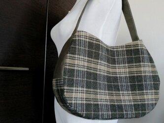 カーキツィードチェックx帆布ワンショルダー三日月トートバッグの画像