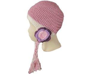 お花の耳あて付きニット帽子の画像