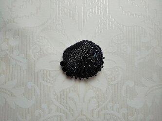 #17  刺繍ブローチ クラヤミの画像