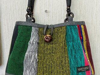 手織り マチあり手提げかばんの画像