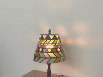 模様のランプの画像
