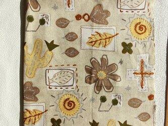 暖簾 カフェカーテン 間仕切り製作も可 ベージュ 大柄草木 サボテン、太陽 の画像