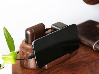 受注生産 職人手作り アップルウォッチ 充電スタンド iPhoneスタンド ウォールナット 無垢材 天然木 LR2018の画像
